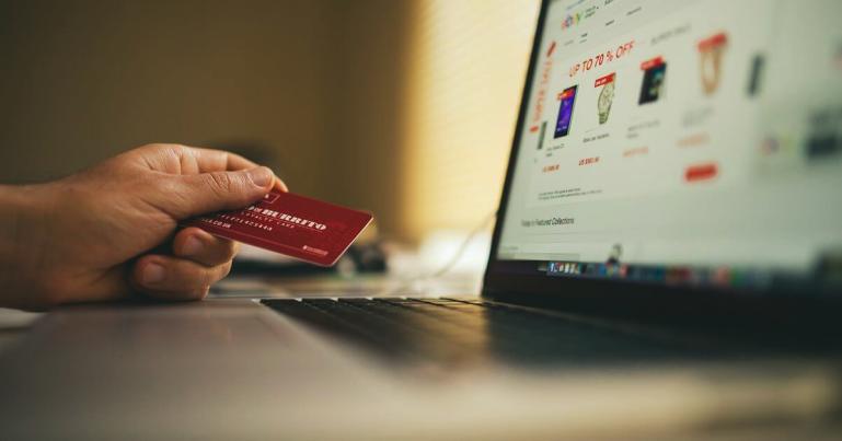 Plaćanje Internet karticama