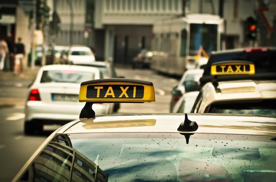 Taksi vozila u gradu